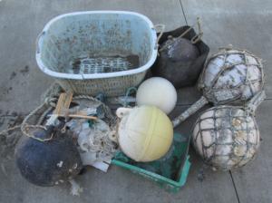 tsunami_debris_crates_buoys